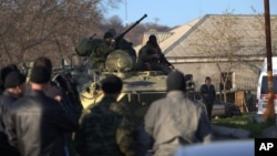 Borci u uniformama bez obeležja na ukrajinskom tlu