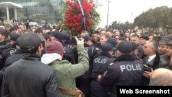 Polisin Milli Şura ilə əklil davası