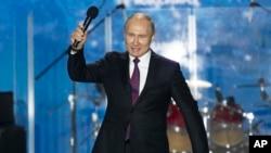 Владимир Путин на концерте в Севастополе. 14 марта 2018г.