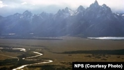 Teton Range and Snake River