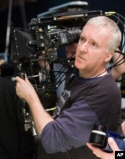 Director James Cameron on the set of the movie