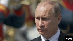 Vladimir Putin 13 yildan beri hukumat tepasida