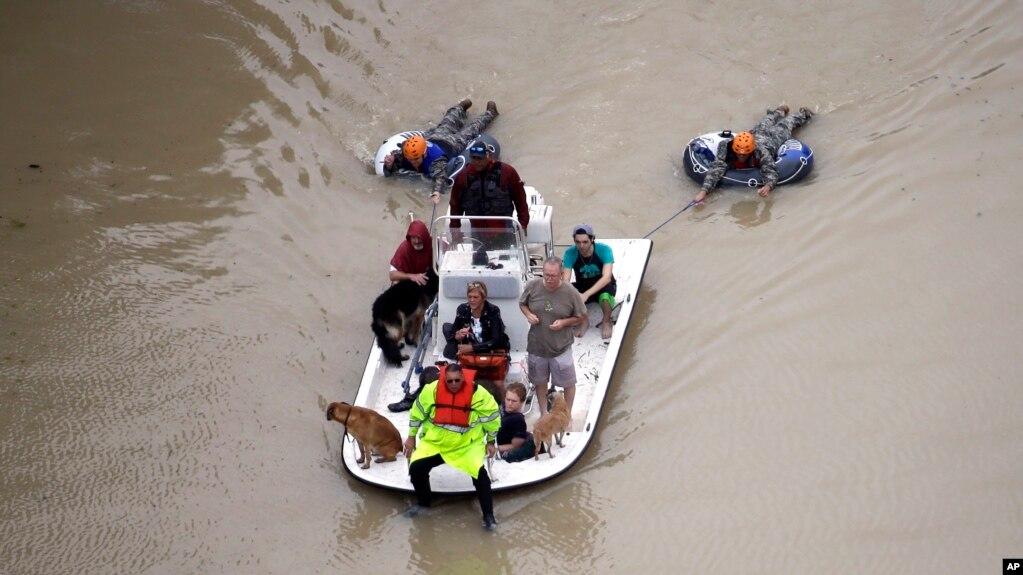 SHBA: Harvey drejt Luizianës