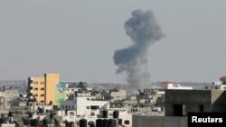 19일 이스라엘과 하마스간 휴전이 파기되면서 가자지구에서 다시 연기가 치솟고 있다.