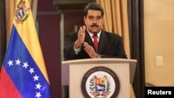 委內瑞拉總統尼古拉斯馬杜羅8月4日對政府官員講話。