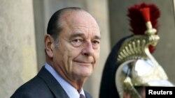 Ansyen Prezidan fransè Jacques Chirac. Foto achiv: Pari 4 oktòb 2004.