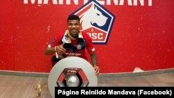 Reinildo Mandava, jogador de futebol moçambicano