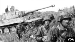 Kursk savaşından çəkilmiş foto