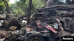 Thiệt hại từ đất chuồi ở Montecito, California.