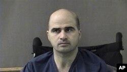 Bị cáo Nidal Hasan bị cáo buộc giết người có chủ mưu