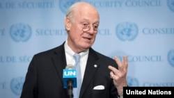 دی مستورا از امکان برگزاری انتخابات در سوریه نیز خبر داد.