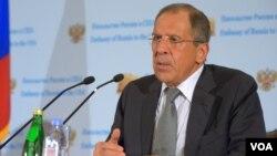 Menlu Rusia Sergei Lavrov mengimbau negara-negara barat agar tidak mengambil tindakan militer terhadap Suriah (foto: dok).