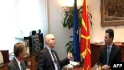 Filip Rikër viziton Maqedoninë