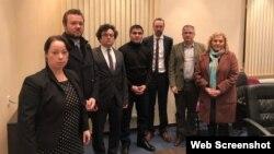 Diplomatlar Mehman Hüseynovla görüşüb (Foto Trend.az saytından götürülüb)