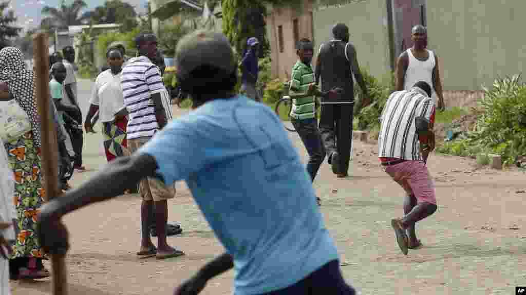 A kasar Burundi masu zanga zanga, Mayu 8, 2015.