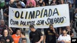 Polícias protestam no Rio de Janeiro