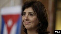 La canciller colombiana, María Ángela Holguín, dijo que el tema Cuba será abordado en la Cumbre.