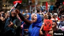 抗議示威群眾要求總統穆爾西下台