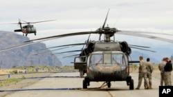 تا کنون ۱۱ هیلیکوپتر بلکهاک امریکایی در اختیار قوای هوایی افغان قرار گرفته است
