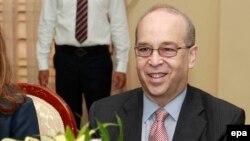 Trợ lý Ngoại trưởng Mỹ Daniel Russel.