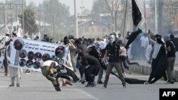 کشمیر میں گزشتہ ہفتے ہونے والا ایک مظاہرہ (فائل فوٹو)