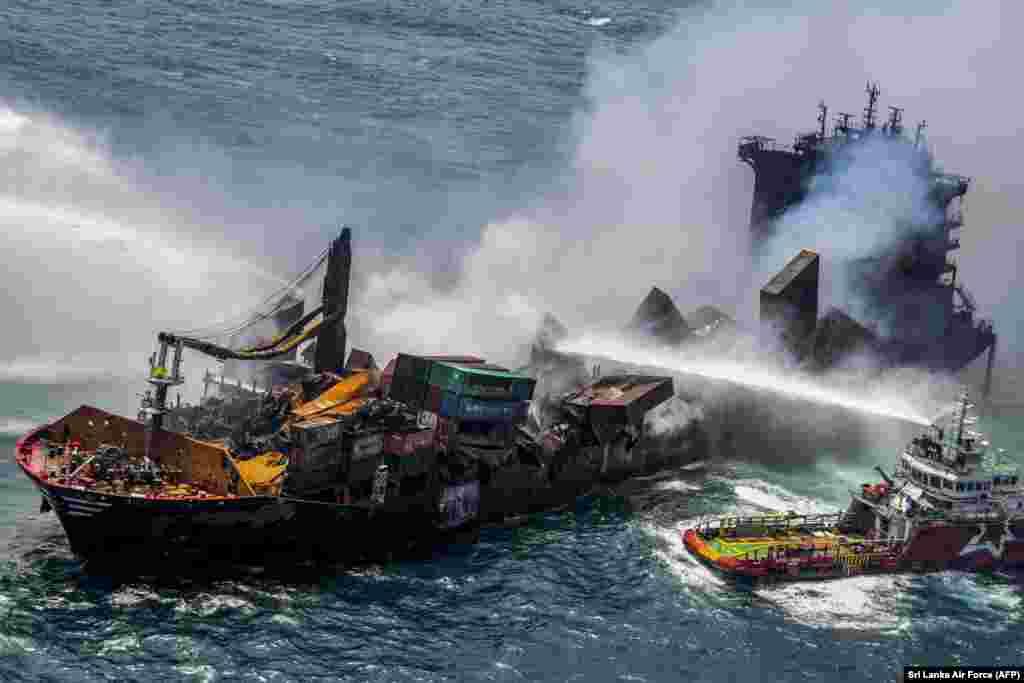Şri Lankada dənizdə artıq 11-ci gündür yanan MV X-Prezz Pearl konteyner gəmisi.