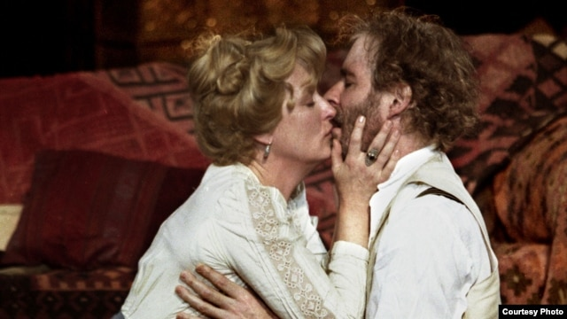"Meryl Streep and Kevin Kline in the 2001 Shakespeare in the Park production of ""The Seagull"" at the Delacorte Theater, directed by Mike Nichols. (Photo credit: Michal Daniel)"