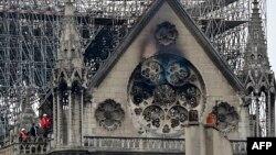 نوتردام روز بعد از آتش سوزی