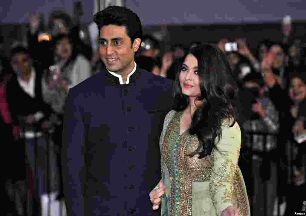 Bollywood actor Abhishek Bachchan and his wife actress Aishwarya Rai at an event in Vancouver, British Columbia, April 6, 2013.