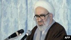 روز حقوق بشر در ایران با قدردانی از آیت اﻟله منتظری، از سوی فعالان صلح برگزار شد