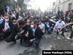 İzmir'de baro yasası protestosu