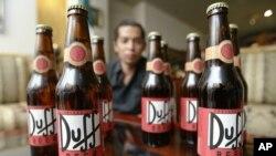 Según estudio los hombres consumen diariamente un promedio de 150 calorías proveniente del alcohol.