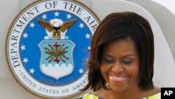 Chuyến thăm của đệ nhất phu nhân Hoa Kỳ nhắm mục tiêu quảng bá lý tưởng giáo dục cho trẻ em gái.