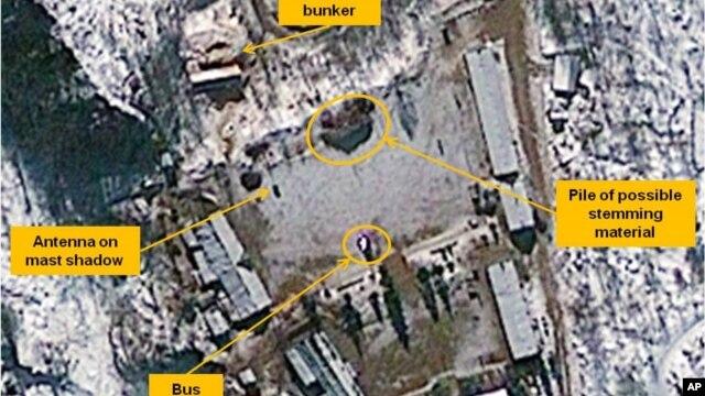 Menteri Unifikasi Ryoo Kihl-jae mengukuhkan ada tanda-tanda kegiatan persiapan di tempat percobaan nuklir Punggye-ri di Korea Utara, Senin (8/4).