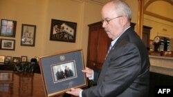 Ông Terrance Gainer, giới chức phụ trách an ninh Thượng viện Hoa Kỳ
