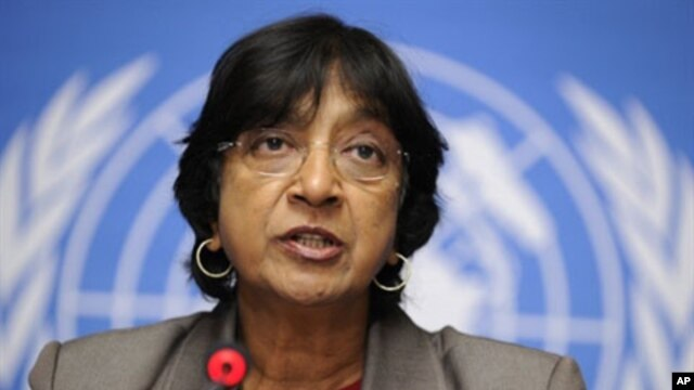 United Nations High Commissioner for Human Rights Navy Pillay attends a press conference on the situation on Tunisia at the UN Offices in Geneva, 19 Jan 2011
