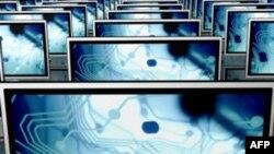 Công ty Trung Quốc đã tìm cách mua hàng dự trữ trước tết Âm lịch, đặt mua nhiều sản phẩm công nghệ cao và các bộ phận rời, như các màn hình