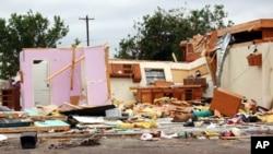 德克萨斯州达拉斯4月3号中午遭遇龙卷风袭击