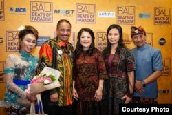 (ki-ka) Nanik Wenten, Menteri Pariwisata Arief Yahya, Julia Gouw, Livi Zheng, I Nyoman Wenten (dok: Livi Zheng)