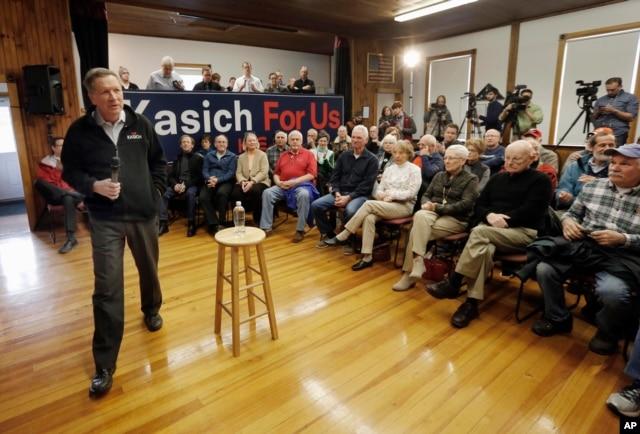 Republican presidential candidate, Ohio Gov. John Kasich speaks during a campaign stop, Feb. 2, 2016, in Newbury, N.H.