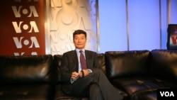2013年5月8日西藏行政中央司政洛桑森格在美国之音接受专访