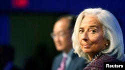 国际货币基金组织总裁拉加德10月8日在华盛顿一个研讨会上发言。