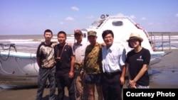 杨罗旖旎(右一,公民团体)
