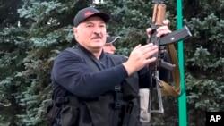 Александр Лукашенко (архивное фото)