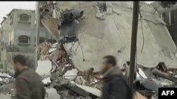 ادامه حملات هوايی اسرائيل و پرتاپ راکت از سوی شبه نظاميان