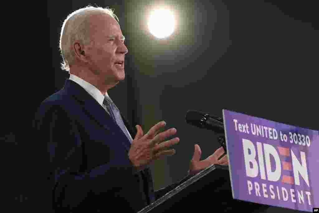 ဒီမုိကရက္ပါတီ သမၼတေလာင္းျဖစ္သြားတဲ့ Joe Biden ရဲ႕မွတ္တမ္းဓာတ္ပုံမ်ား။
