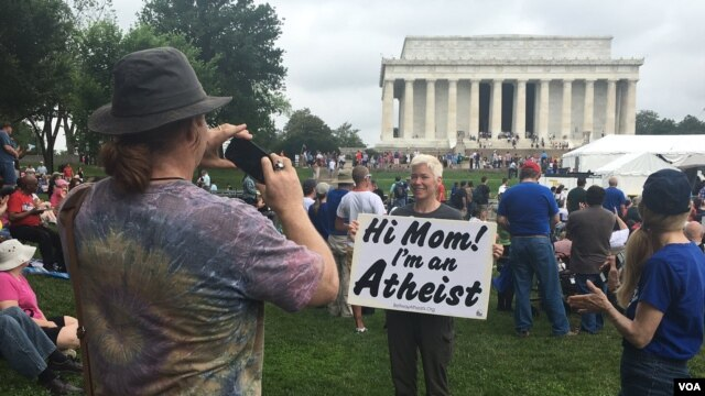 Hi mom Im an atheist sign
