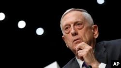 짐 매티스 미국 국방장관이 26일 상원 군사위원회 청문회에 출석했다.