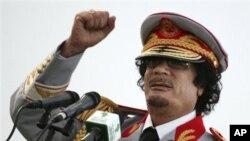 ڕێبهری لیبیا موعهمهر ئهلقهزافی، (ئهرشیفی وێنه)
