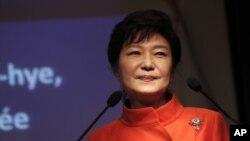 지난 4일 프랑스를 방문한 박근혜 대통령이 현지에서 행한 연설에서 한국 정부의 대북 정책에 대해서도 설명했다.